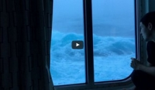 El Anthem of The Seas en una espectacular tormenta