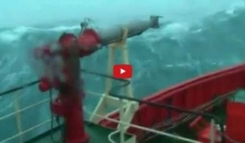 Olas gigantes-Tormenta en el mar