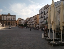 Caceres-000